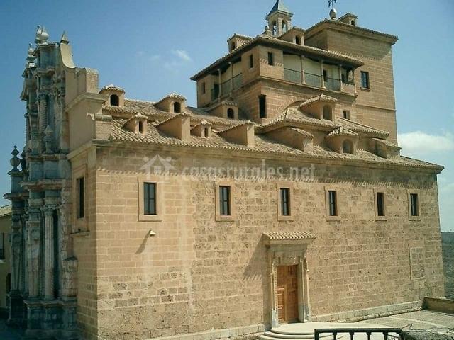 Casa eucalipto en bullas murcia for Muebles castillo murcia