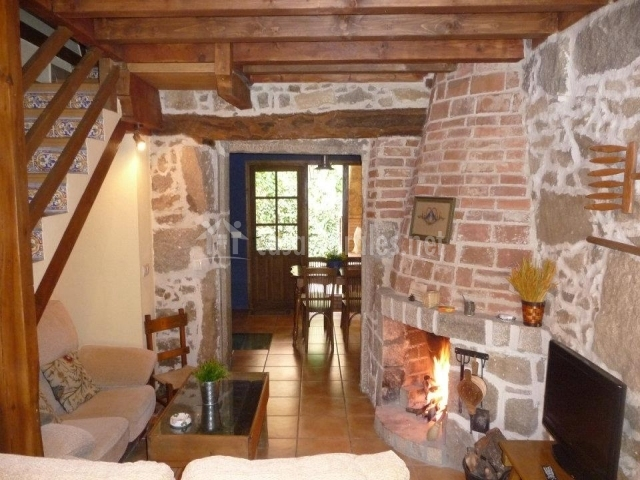 El corral del cura casas rurales en la aldehuela vila - Decorar salon rustico ...