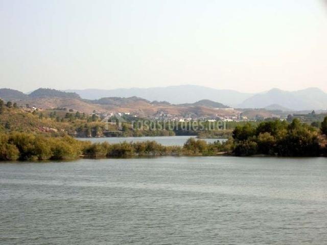 Embalse del río Argos cerca del municipio de Valentín, Murcia