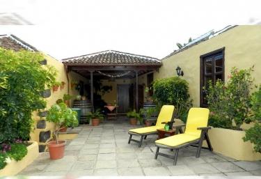 Casa Los Pajeros - Tanque (Icod De Los Vinos), Tenerife