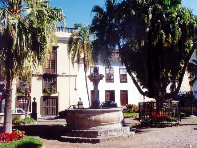 Plaza de La Pila en Icod de los Vinos