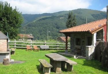 Casa Prieto III - Cortes (Quiros), Asturias