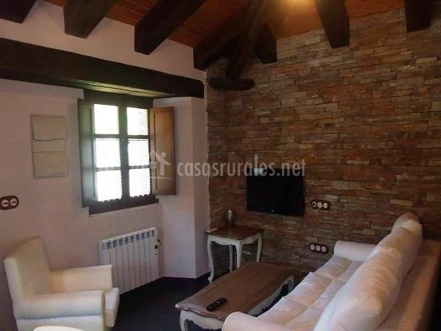 Casa carmina en taramundi asturias - Salon de piedra ...