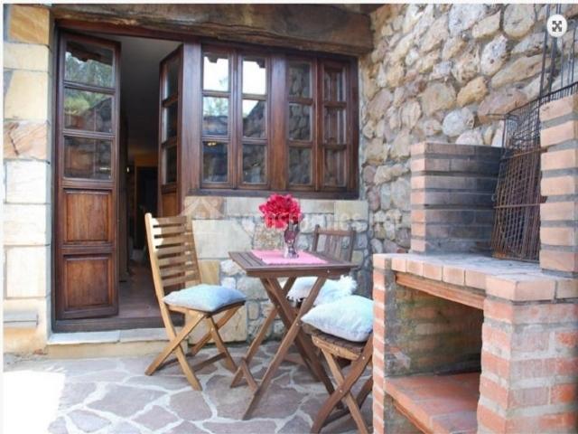 Casa la cuadra en herrera de ibio cantabria - Patios con barbacoa ...