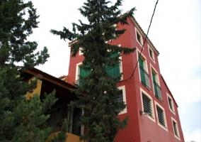 Caserío de las Palmeras - Casa ocre