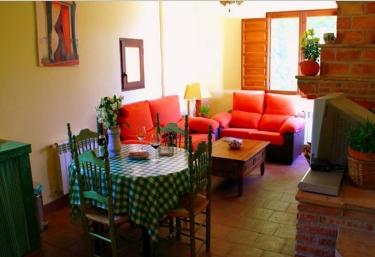 Buganvilla - La Huerta del Cura - Niguelas, Granada