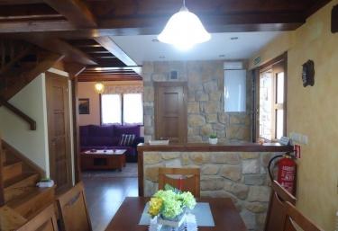 Casa Rural La Llana II - La Llana, Asturias