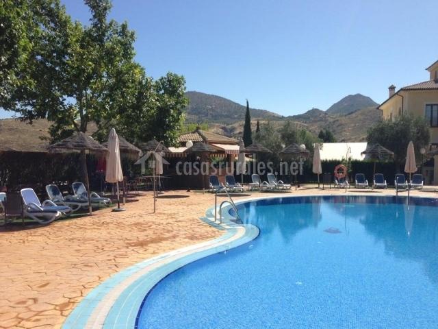 Hotel rural llano pi a hoteles rurales en loja granada for Piscina loja granada