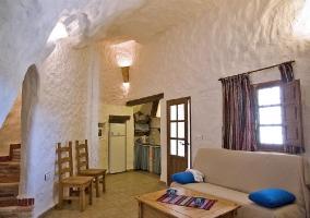 Habitación doble de matrimonio con armario de piedra