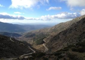 Valle y camino de los alrededores