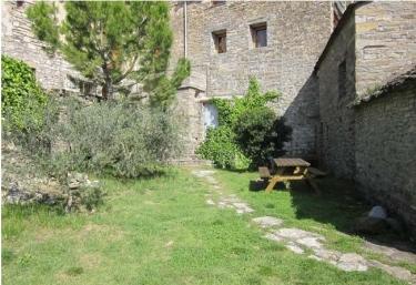 Casa Pardinilla. Alojamiento Planta Calle - Coscojuela De Sobrarbe, Huesca