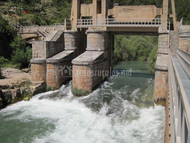 Zona de la presa en el entorno