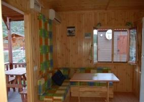 Salón comedor con salida al porche