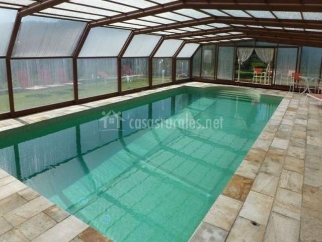 El mol de can mahol en beuda girona - Casa rural con piscina cubierta ...