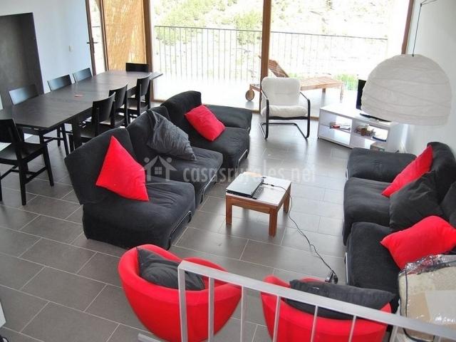 sofs sillones rojos y lmpara