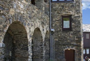 Can Bonada- Cal Majoral - Serrat, Girona