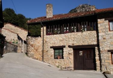 Casa La Tabla - Alles, Asturias