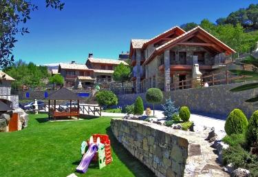 Casas Ordesa- Apartamento Suit Pineta - Belsierre, Huesca