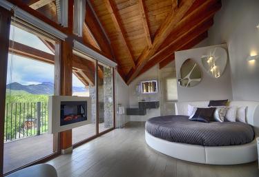 Casas Ordesa- Apartamento Suit Ordesa - Belsierre, Huesca