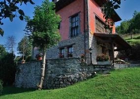 Casas rurales Aldea de Con- El Fresnu
