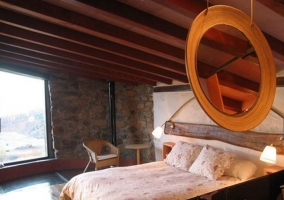 Dormitorio de matrimonio con aseo integrado