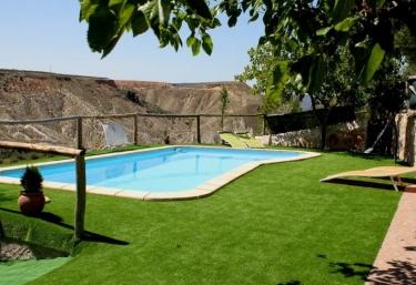 Casas rurales con piscina en hinojares - Alquiler casa rural cazorla ...