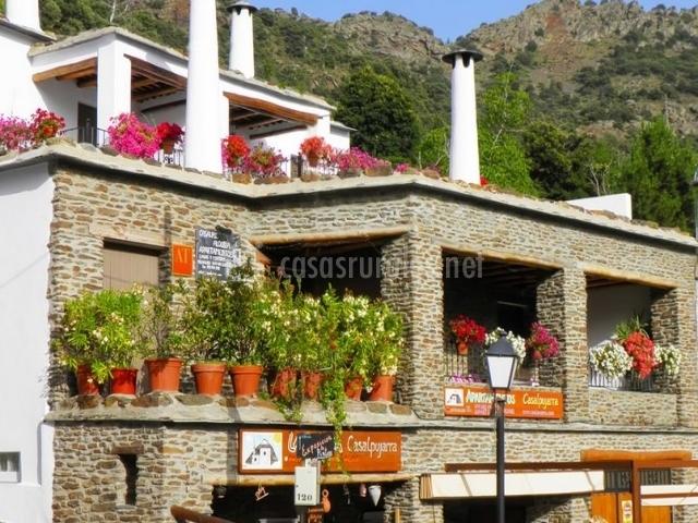 Casa 5 casalpujarra en bubion granada for La casa de granada terraza