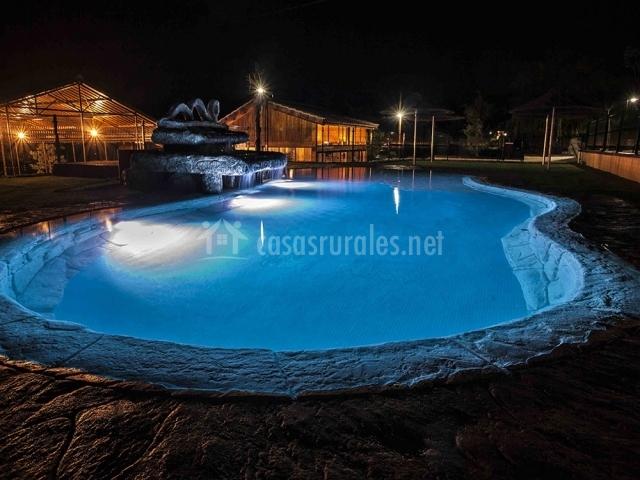 Casa barriga 4 en nerpio albacete for Complejo rural con piscina