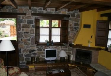 Casa la Vega - Valle de Bueida - Ricabo (Quiros), Asturias