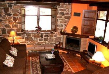 Casa el Grillo - Valle de Bueida - Ricabo (Quiros), Asturias