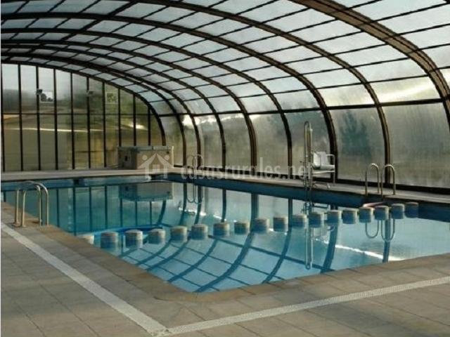 Casa rural nuri de rei 39 b 39 en todolella castell n - Casa rural con piscina cubierta ...