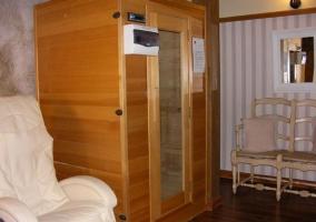 Sauna y sillón de masaje