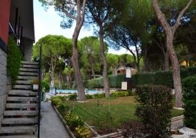 Entrada Casas Jardín