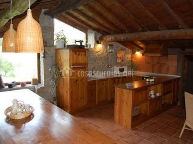 Casa da aira vella en mato chantada san julian lugo - Fotos de casas de madera por dentro ...