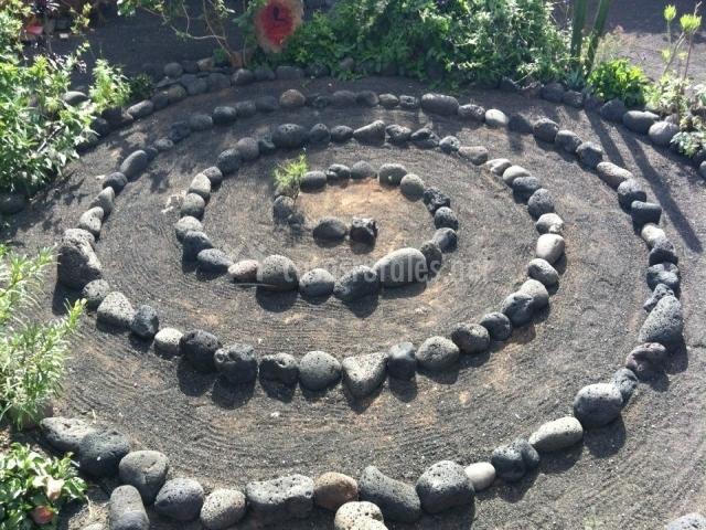 Yoga y espiral los jardines