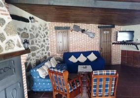 Sala de estar con tele