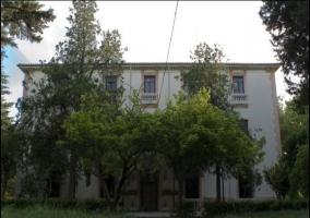Vistas de la fachada principal