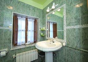 Cuarto de baño restaurado, completo