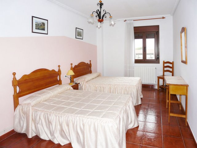 Dormitorio blanco doble