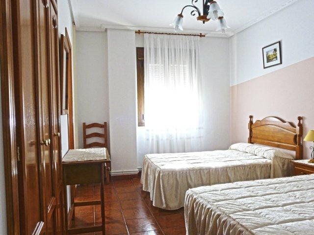 Dormitorio de amario empotrado