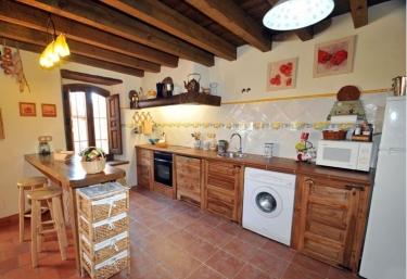 Cocina de la casa con barra office