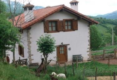 Casa Rural Marcos I - Arce, Navarra