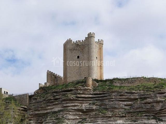 Suite zarza en alcala del jucar albacete - Casa rural el castillo alcala del jucar ...