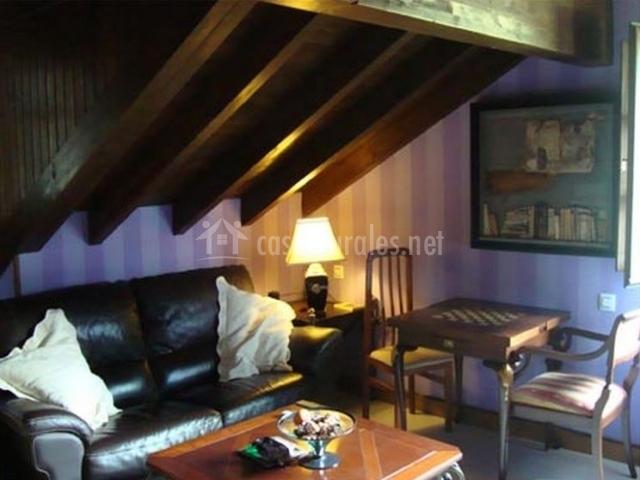 Dormitorio doble con sala de estar