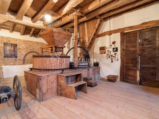 Molino tradicional en madera