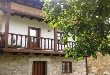 Casa rural Laura - Turieno, Cantabria
