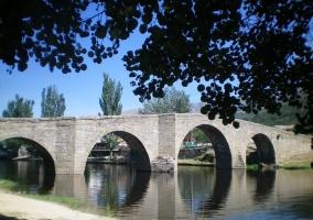 Puente Romano de Navaluenga