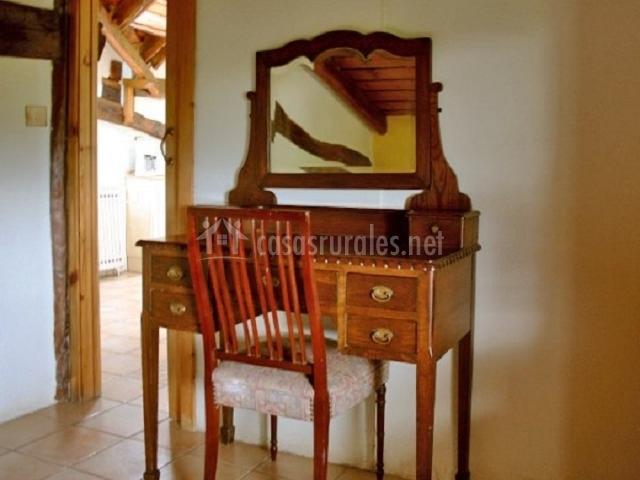 Escritorio en madera
