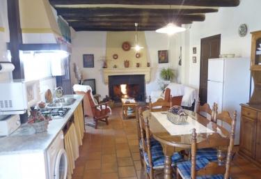 Los Cascos - Fuenteheridos, Huelva