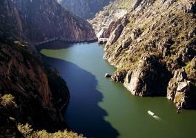 Acantilados y río Duero